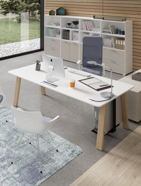 Bureau design en mélamine avec pieds en bois COUNTRY