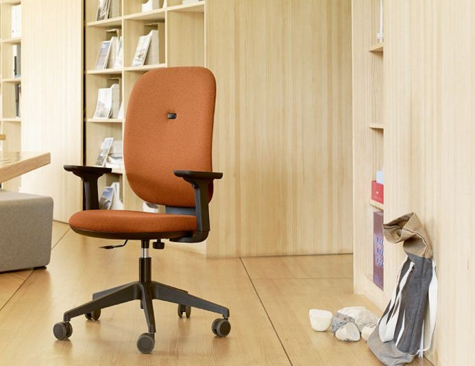 Fauteuil de bureau confortable ALAIA tapissé