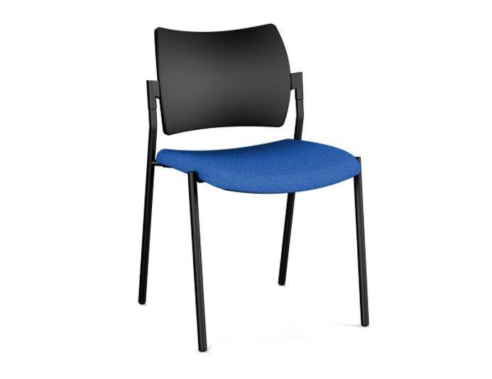Chaise pour salle de réunion AMET - 4 pieds - dossier polypropylène - assise tapissée - empilables