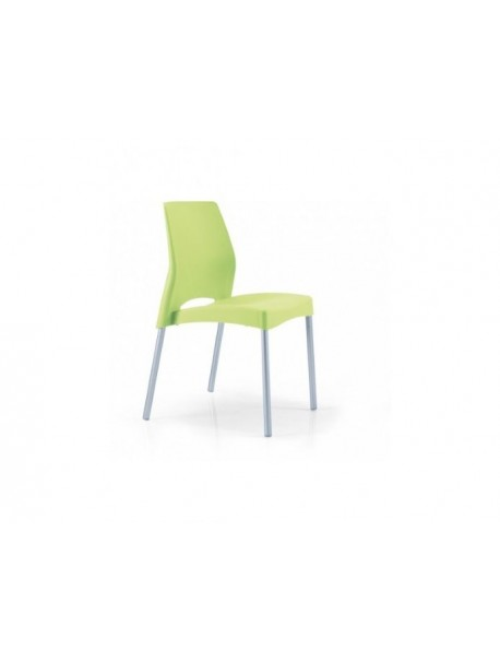 Chaise plastique empilable verte PIM'S